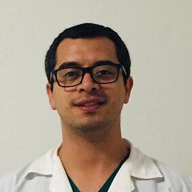 Especislista cirugía oral y maxilofacial en la Clinica Zavala en San Borja Lima